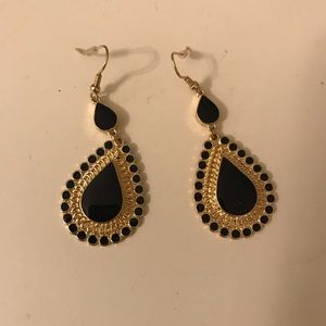 Lulus Black Earrings